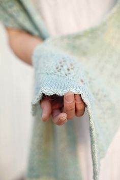 Ravelry: Foliolum pattern by Joanna Johnson