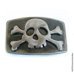 Jolly Rogers Belt Buckle/de WATTO Distinctive Metal Wear / Mens Belt Buckle, Pirate Belt Buckle/ Made From Metal/ Navy/ Sailors/ Buckles Skull Belt Buckle, Belt Buckles, Jolly Roger Flag, Bateau Pirate, Fierce, Navy Sailor, Human Skull, Black Velvet, Metal Art