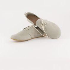 Suede Dove Oxfords // Women's Shoes