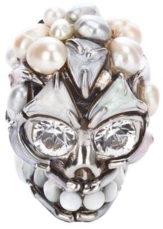Alexander MCQueen Skull and Pearl Ring | dressmesweetiedarling