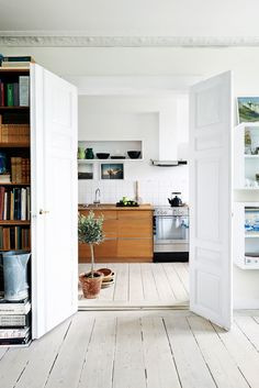 See how the kitchen was trendy with wood | Boligpluss.no