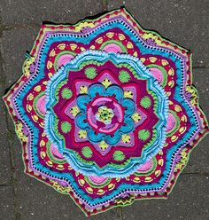 Ravelry: Project Gallery for Mandala Madness pattern by Helen Shrimpton Crochet Mandala Pattern, Crochet Circles, Crochet Blocks, Crochet Squares, Crochet Patterns, Granny Squares, Crochet Doilies, Crochet Yarn, Crochet Flowers