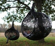 "Stuff it full of some cushy cushions and it would make a great ""nest"" for me to relax in. 33 Awesome Outdoor Hanging Chairs 