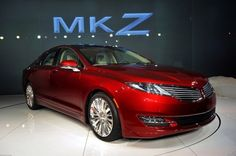 2013 Lincoln MKZ Hybrid Offers Buyers a Hybrid Without a Price Premium | Inhabitat
