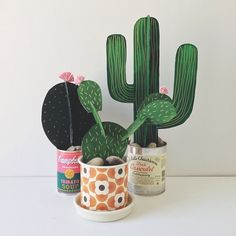 Originales centros de cactus caseros para una fiesta vaquera Having an Australia Day with a twist, mexican food. It was a good excuse to make some of beci orpin's card cactus. Kids Crafts, Diy And Crafts, Arts And Crafts, Diy Paper, Paper Art, Diy Projects To Try, Craft Projects, 3d Cuts, Papier Diy