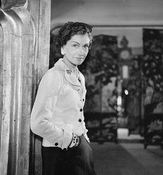 5 Coco-Chanel-trade mark jacket in 1937