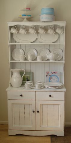 Shabby Chic / Country Style Country Style, China Cabinet, Shabby Chic, Storage, Projects, Diy, Furniture, Home Decor, Cook