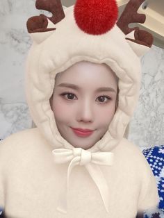 Just For Fun, Take That, 3 In One, Winter Hats, Female, Irene, Angel, Kpop, Eyes