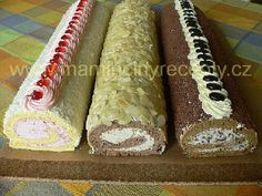 Roláda stáčená za studena Cake Roll Recipes, Dessert Recipes, Czech Desserts, Rolls Recipe, Cheesecake, Deserts, Food And Drink, Treats, Sweet