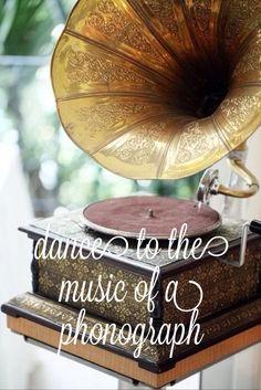 Vintage, Music, Gramaphone,- My Grandma and Grandpa had one of these! It was beautiful! Vintage Soul, Vintage Beauty, Retro Vintage, Vintage Fashion, Vintage Music, Retro Stil, Modern Retro, Idda Van Munster, Art Deco