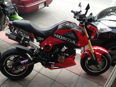 Mini Street Bike, Honda MSX 125 สีแดงแต่งเต็ม | ซื้อง่าย ขายฟรี ที่ dealfish.co.th Honda Msx, Honda Grom, Grom Bike, Power Bike, Pit Bike, Street Bikes, Custom Bikes, Cars And Motorcycles, Monkey