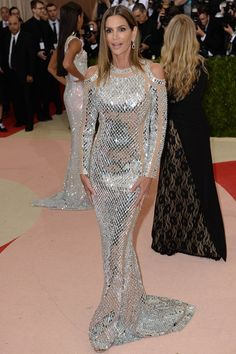 Cindy Crawford wore a gown by Balmain. #MetGala2016