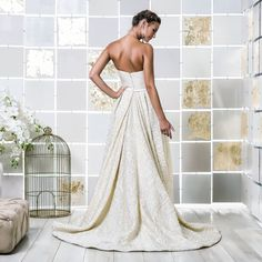 Gio Rodrigues kamala Wedding Dress princess wedding dress low relief fabric bandeau pockets engaged inspiration unique gorgeous elegant bride