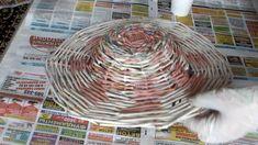 Плетение из газет Как сплести Шляпу из газет для дачи