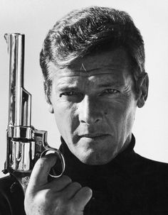 Roger Moore as James Bond © Terry O'Neill Terry O Neill, James Bond Movie Posters, James Bond Movies, Film Posters, Sammy Davis Jr, Swinging London, Faye Dunaway, Roger Moore, Le Robinson