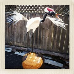 Sculpture by Patrick Amiot and Brigitte Laurent: Japanese Crane. Sculpture Art, Sculptures, Japanese Crane, Junk Art, Sonoma County, Garden Art, Les Oeuvres, Recycling, Spaces