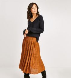 Skirts, Fashion, Floral, Moda, Fashion Styles, Skirt, Fashion Illustrations, Gowns