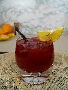 Madras to bardzo prosty drink z Indii, do przygotowania którego nie trzeba mieć żadnych skomplikowanych składników. Świetnie nadaje się na imprezy, bo jest smaczny i ma piękny kolor.
