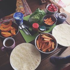 Yesterday's #lunch (for me it was like a pretty #big #afternoonsnack bcos I actually had lunch before) was #wraps w #yoghurt, #roasted #pumpkin  and #selfmade #sweetpotatofries  while watching the last episode of #prettylittleliars  #Padgram