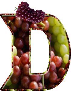 Alfabeto relleno con uvas.    Alfabeto relleno con uvas.