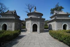 Stone pavilions at the entrance to the mausoleum of the #eunuch Tianyi at Pingguoyuan #Beijing. A beloved servant to three emperors Tianyi died in 1605 and is buried here with four other eunuchs. The site is now home to a small eunuch museum and it makes for an interesting day trip from central Beijing if combined with the nearby Fahai Temple.