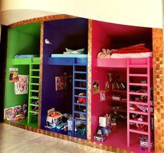 color-coded beds, fun idea.  #kids #decor #estella