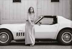 Joan Didion in Front of Her Yellow Stingray, 1968, Julian Wasser #california #babe