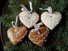 How to make more money? Xmas Food, Christmas Sweets, Christmas Baking, Christmas Cookies, Sweet Cookies, Iced Cookies, Sugar Cookies, Christmas Tree Ornaments, Christmas Decorations