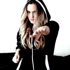 WEBSTA @ thenaomikyle - Dancin' cause it's almost the weekend!!! Download Oracle on iTunes! (search Naomi Kyle) #NaomiEverywhere #NowPlaying #BecauseOnesies