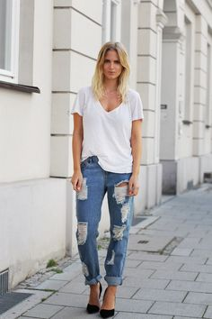 white tee + distressed boyfriend jeans + black pumps