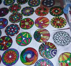 Pin by mischa's mats & other crafts on my ' Diy And Crafts, Crafts For Kids, Arts And Crafts, Recycled Cd Crafts, Mandala Art, Pista Shell Crafts, Cd Diy, Bath And Beyond Coupon, Stained Glass