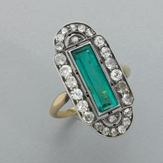 Art Deco emerald and diamond ring, ca 1910-1920