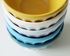 bowls--creature comforts -love the colors Blue Bowl, Design Seeds, Creature Comforts, Mellow Yellow, Blue Yellow, Color Inspiration, Kitchen Inspiration, Daily Inspiration, Cooking Tools