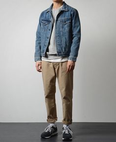 The Best Denim Jackets For Men - Men Jeans - Ideas of Men Jeans - The denim jacket is easily one of the most popular pieces of menswear and one of the oldest as well. Despite its age the Denim Fashion, Look Fashion, Trendy Fashion, Fashion Outfits, Jackets Fashion, Trendy Mens Outfits, Indie Rock Fashion, Trendy Style, Mode Streetwear