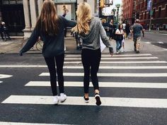 best friends bff black clothes blonde hair brown hair clothes cute girls girly hair styles road zebra crossing// P i n t e r e s t 🌈 @ maionessa Bff Pictures, Best Friend Pictures, Friend Photos, Best Friend Goals, My Best Friend, Tumblr Bff, Goals Tumblr, Best Friend Photography, Good Vibe