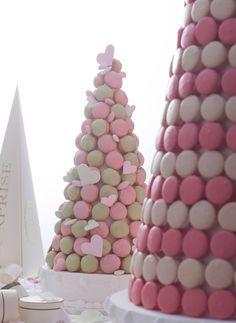 Pièce Montée de Macarons Ladurée.