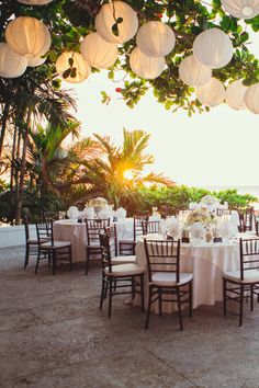 Real #wedding ideas - Rachel and Aaron - Caribbean wedding http://www.weddingandweddingflowers.co.uk/article/873/real-wedding-inspiration-rachel-and-aaron