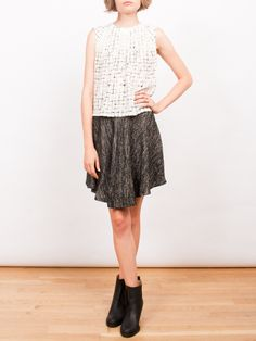 pocket skirt.
