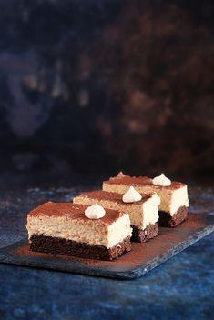 Gesztenyés brownie recept meggylekvárral Chestnut cream brownies recipe with sour cherry jam Vegan Recipes, Vegan Food, Mousse, Dessert Recipes, Brownies, Cooking, Cake, Sweet, Drink