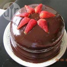 Cobertura de chocolate rápida para bolo @ allrecipes.com.br