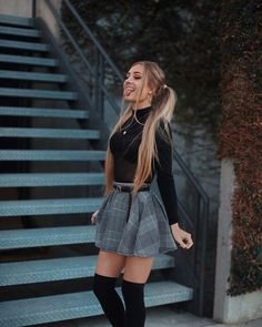 Outfit Trends - Plaid skirt outfits ideas what to wear plaid skirts Winter Date Night Outfits, Winter Fashion Outfits, Cute Fashion, Look Fashion, Womens Fashion, Fashion Trends, Summer Outfits, Urban Fashion, Autumn Outfits Women
