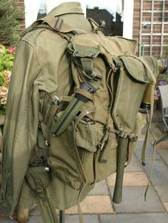 M1944 haversack Military Gear, Military Police, Usmc, Bushcraft Kit, Backpack Camping, Army Surplus, Military Insignia, Korean War, Vietnam War