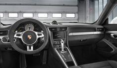 Inside 911 GT 3