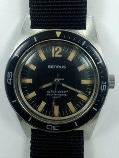 Benrus Ultra-Deep Vietnam Era Diver Rare Exquisite à vendre pour € 1.081 par un Trusted Seller sur Chrono24