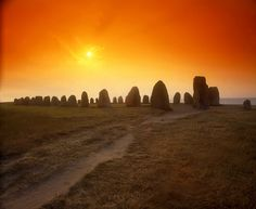 Ale Stenar Skåne (Ale's Stones), Sweden Voyage Suede, Cool Pictures, Beautiful Pictures, Statues, Stonehenge, Places To See, Norway, Monument Valley, Beautiful Places