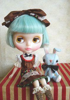 Blythe Custom Sally Rice Short Hair
