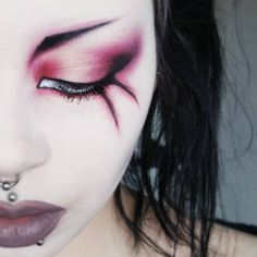 halloween makeup makeup step by step revolution eyeshadow palette uk makeup tips with pictures makeup book with eye makeup zombie makeup makeup eyeshadow perricone Punk Makeup, Hair Makeup, Makeup Geek, Crazy Makeup, Makeup Kit, Makeup Ideas, Make Up Looks, Kat Von D, Lime Crime