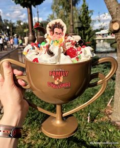 Take On the Challenge! Vanellope's Ice Cream Sundae at Plaza Ice Cream Parlor Take On the Challenge! Vanellope& Ice Cream Sundae at Plaza Ice Cream Parlor Disney Desserts, Snacks Disney, Cute Desserts, Disney Themed Food, Disney Recipes, Disney World Food, Disney World Vacation, Disney Vacations, Disney Trips