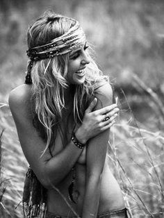 A smile is so sexy, yet so warm. When someone genuinely smiles at you, it's the greatest feeling in the world.
