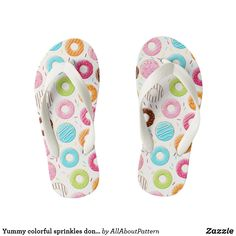 7ee99d63961d4a Yummy colorful sprinkles donuts toppings pattern Kids Flip Flops  Streuseldonut
